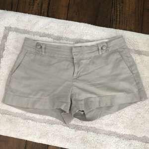 Banana Republic Shorts Gray Flat Front Size 8